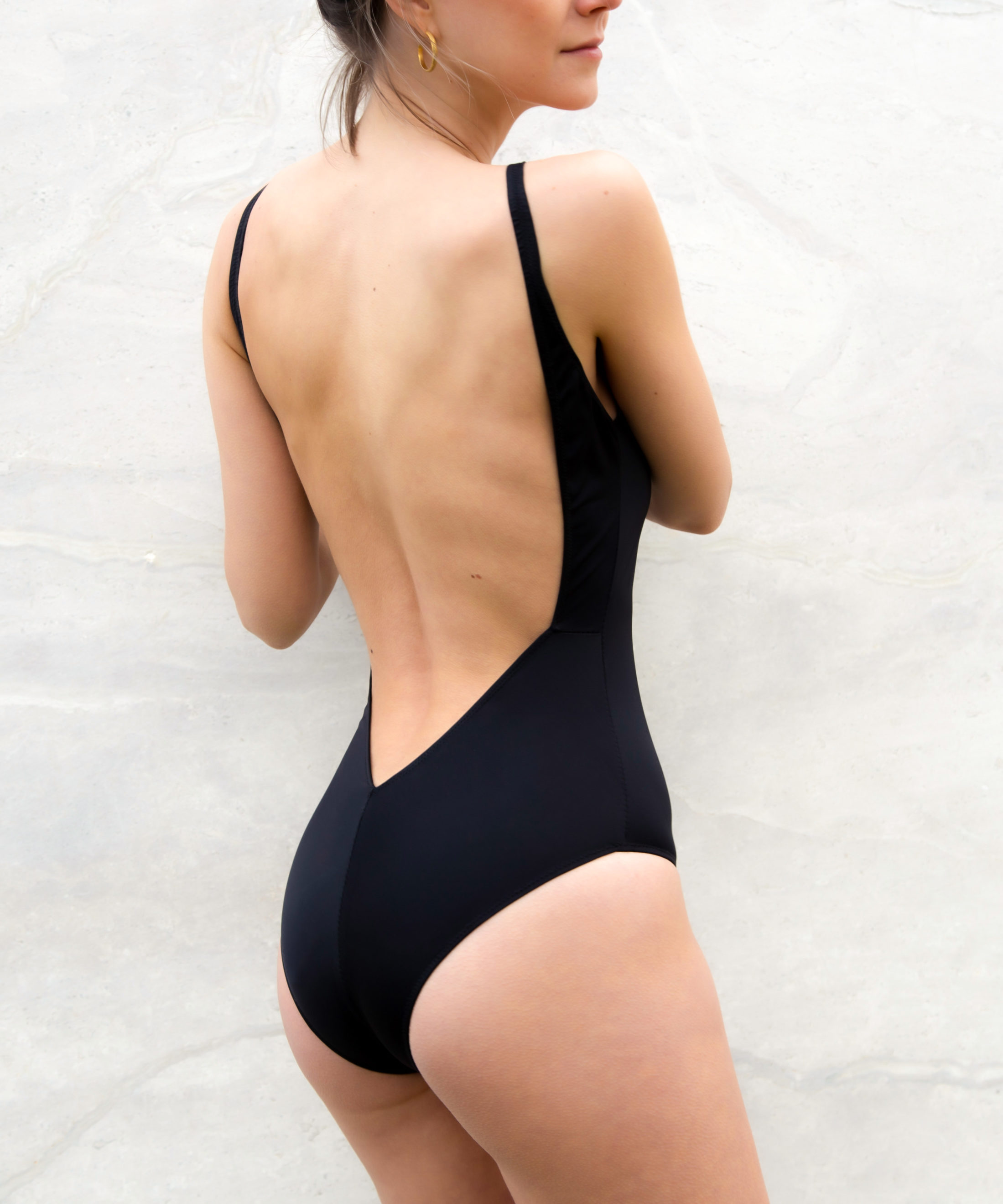 Piwari Sustainable Swimwear Swimsuit Lahiri Closed
